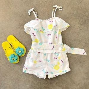 Gap Girls Romper white floral. Size 6